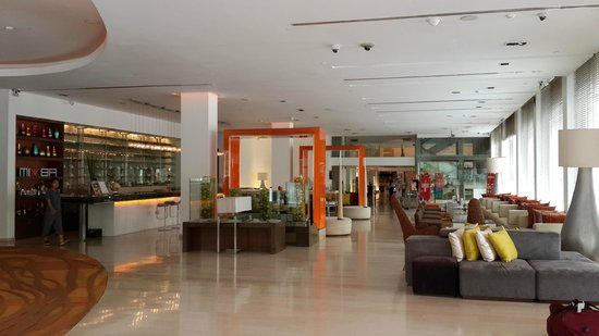 Dusit D2 Chiang Mai : 大厅