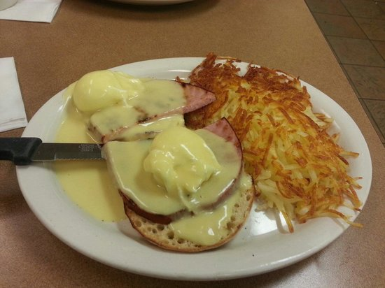 Fat Nat's Eggs : Eggs Benedict