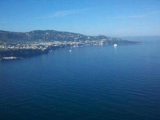 Hotel Mega Mare: Sorrento plain and the sea
