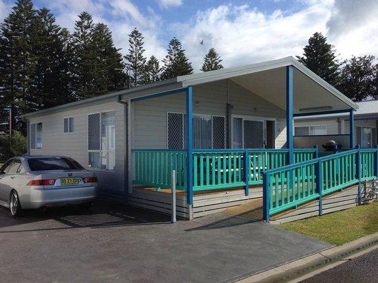 windang beach tourist park 129 1 3 7 2018 prices. Black Bedroom Furniture Sets. Home Design Ideas