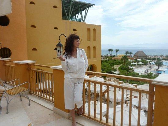 Strand Beach and Golf  Resort Taba Heights : ТЕРРАСА  ЛОББИ БАРА