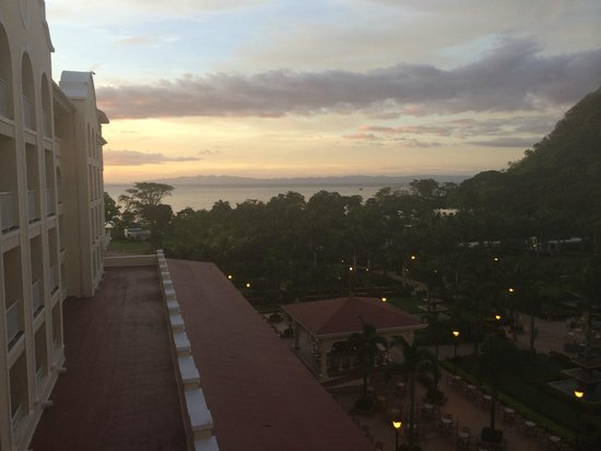 Hotel Riu Guanacaste: View from our 4th floor ocean view room