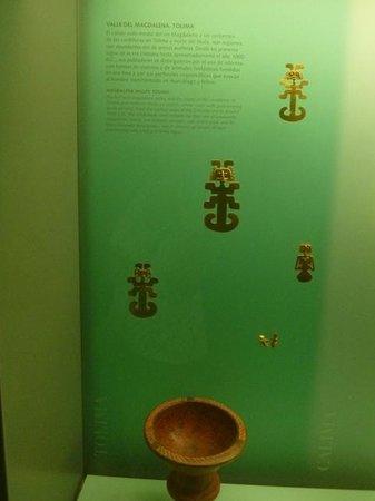 Museo del Oro Zenu : objetos de ouro