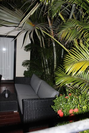 The Pearle of Cable Beach: Outside main bedroom, by pool entry