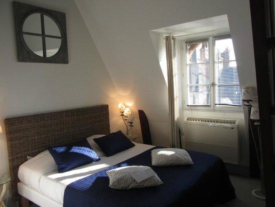 Le XII de Luynes : Bedroom