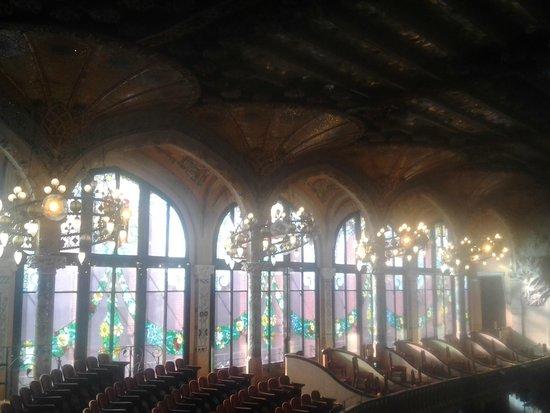 Palais de la Musique Catalane (Palau de la Musica Catalana) : Grandes ventanales
