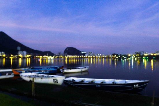 Rodrigo de Freitas Lake: Fim de tarde na Lagoa Rodrigo de Freitas