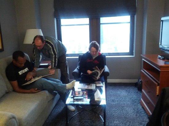 The Manhattan Club: Living area