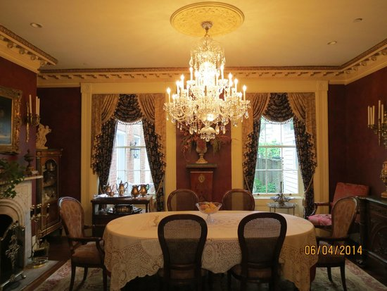 The Annapolis Inn: Dining Room