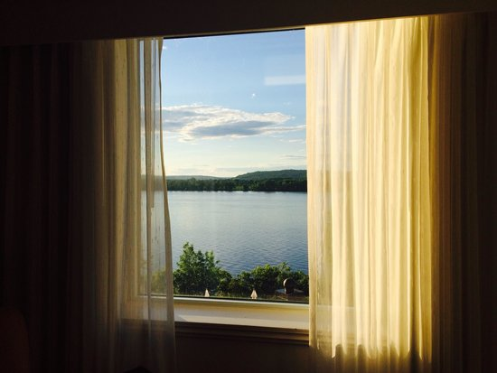Delta Hotels by Marriott Fredericton: River view !! I love it !