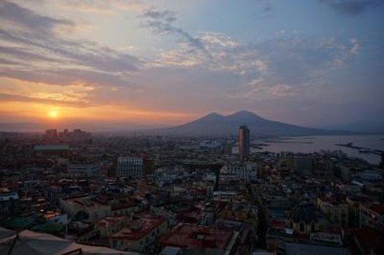 Hotel San Francesco al Monte: 部屋からの朝焼け