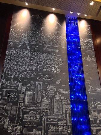 Hyatt Regency Vancouver : Lobby artwork