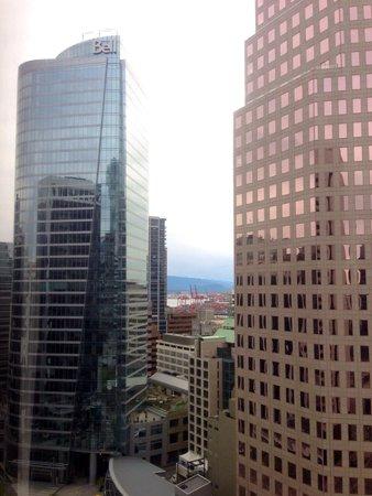 Hyatt Regency Vancouver : Downtown Vancouver room view