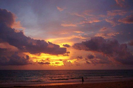 Karon Beach: Пляж Карон. Закат