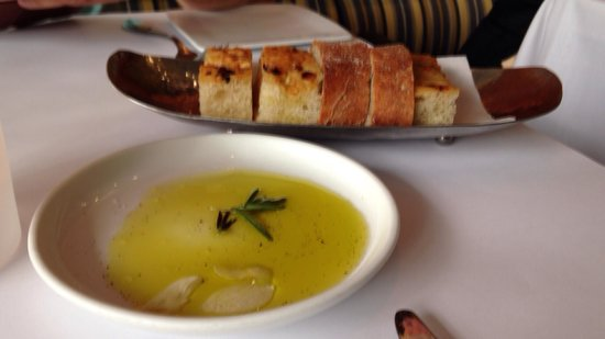 Boulud Sud : Bread and olive oil