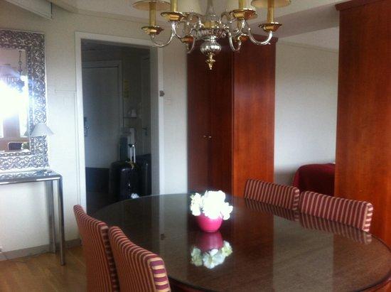 Quality Hotel Saga: Room