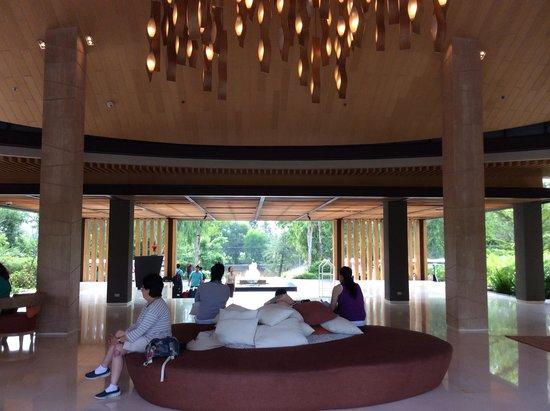 Renaissance Phuket Resort & Spa: Lobby area