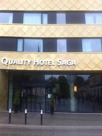 Quality Hotel Saga: Hotel front