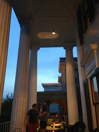 1842 Inn: Sky and Columns From the Veranda