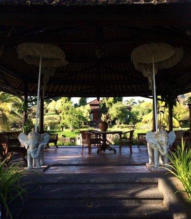The Chedi Club Tanah Gajah, Ubud, Bali – a GHM hotel: Library