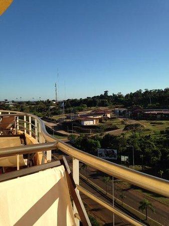 Grand Crucero Iguazu Hotel : vista del balcon 1