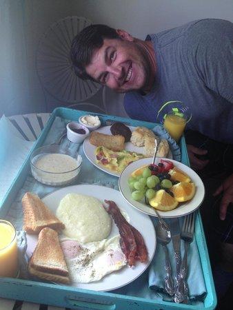 Tux Creek Inn: Awesome breakfast!
