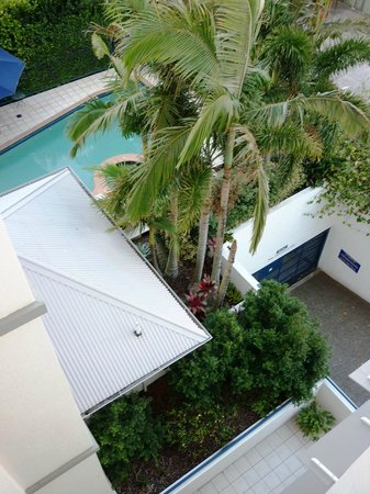 Raffles Mooloolaba : View of pool