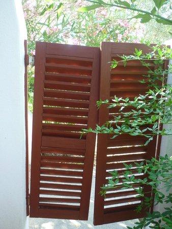 L'Estelle en Camargue : Porte jardin....