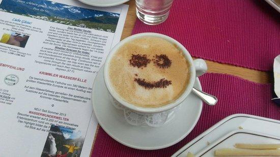 Das Posthotel: En elke morgen een smiley in de cappuccino ;-)