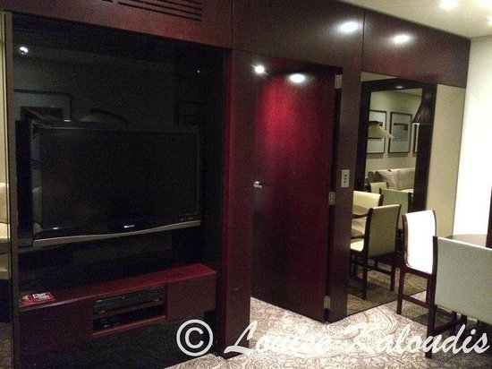 Astral Tower and Residences: TV in Lounge area