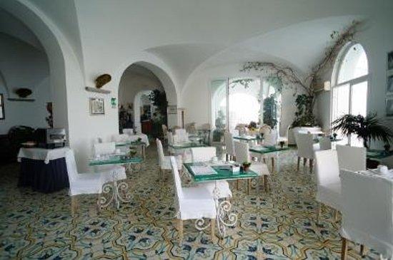 Hotel Marina Riviera: 朝食会場1