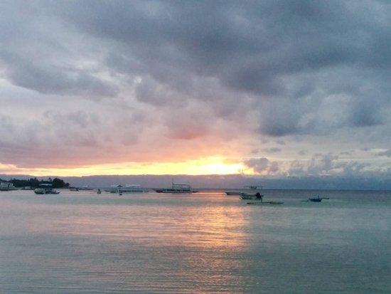 The Bellevue Resort Bohol : Sunset