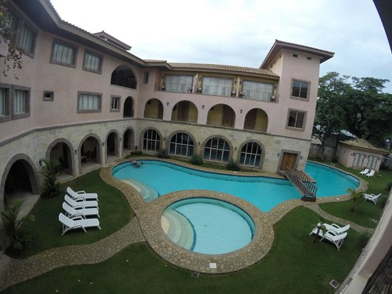 Corto del Mar Hotel: Pool & hotel