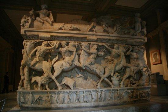 Archäologisches Museum Istanbul (İstanbul Arkeoloji Müzesi): Alexander the Great's saraphogus (I think?)