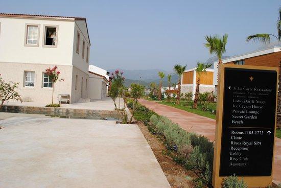 Rixos Premium Tekirova: Отель и местность