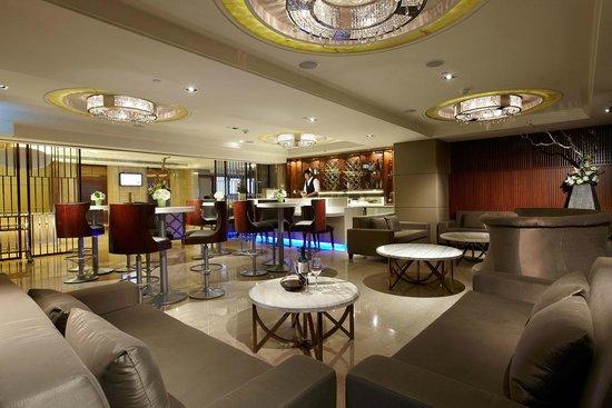 S-aura Hotel: S . aura Hotel & Banquet