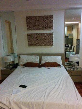Prince Plaza II: Bed