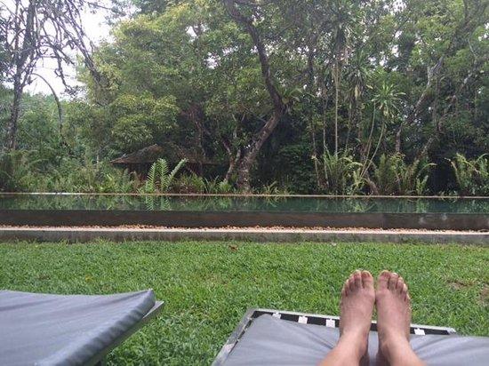 Apa Villa Illuketia: Infinity pool