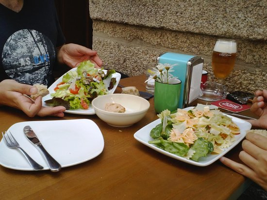 O'Mundial: Ensalada de espinacas y ensalada de sardinas