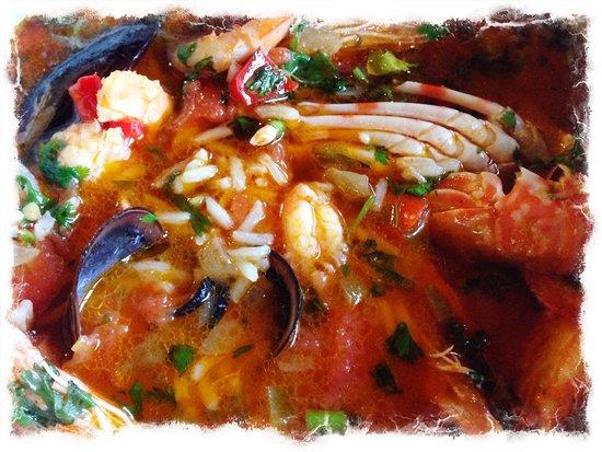 Pao de Trigo: The yummy seafood rice