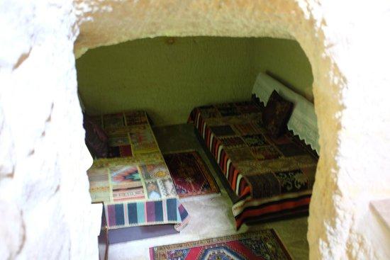Yunak Evleri: underground living area