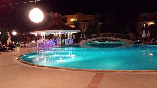Club Alla Turca: The pool bar at night.