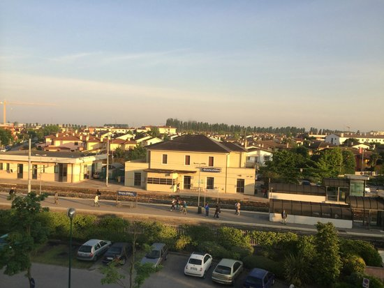 Crowne Plaza Venice East-Quarto d'Altino: view at Quarto d'Altino Station