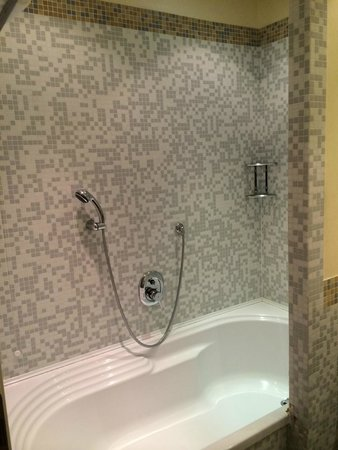 Crowne Plaza Venice East-Quarto d'Altino : Bathroom