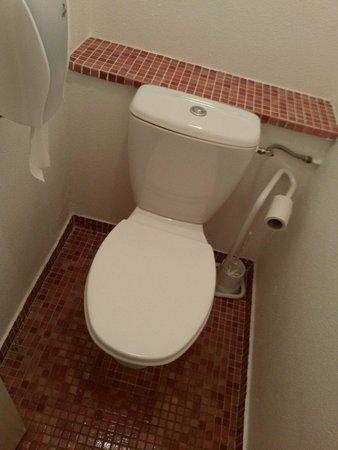Le Quetzal Hotel : Toilettes séparées