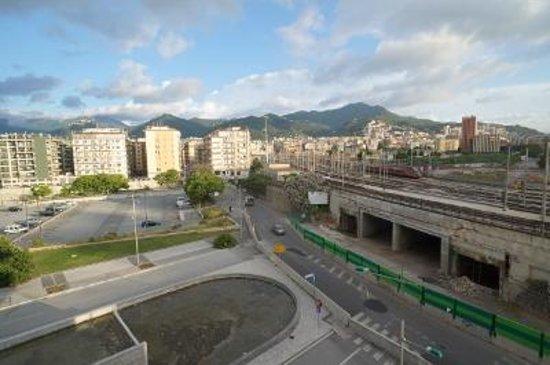 Grand Hotel Salerno: 部屋からの眺め2