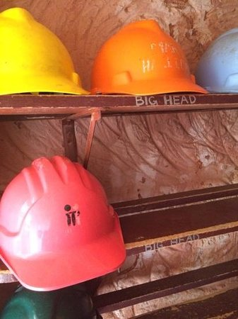 Old Timers Mine : hard hats for everyone