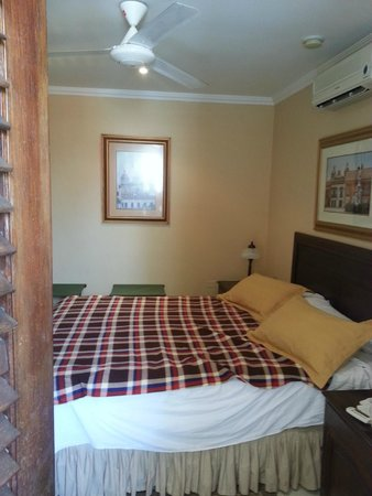 Casa La Fe - a Kali Hotel : Small, but comfortable room