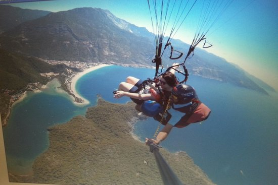 Karbel Hotel: paragliding with gravity and pilot murat
