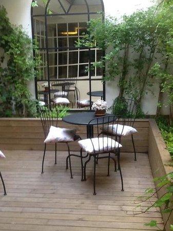 Ofelias Hotel: breakfast